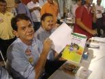 Cid Gomes, candidato a Governador PSB/CE assinando o Pacto pela Juventude 2010!!